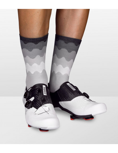 Socks for road cyclists in monochromatic design made by Luxa. Suplest shoes on the picture