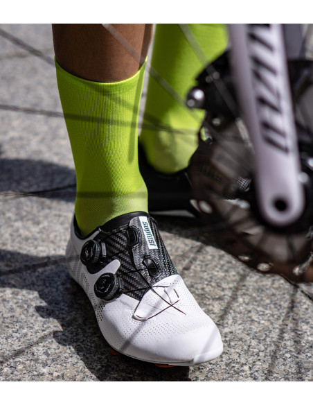 road cycling socks in lime color and Suplest White Road shoes