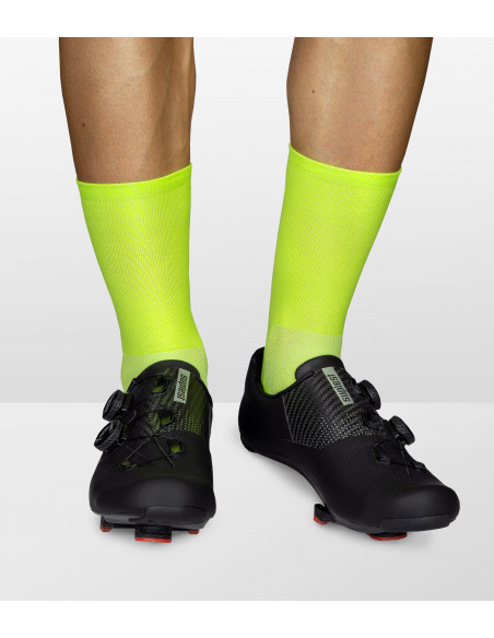 lime fibers that are doing great with the cooling rate of the cycling shoe