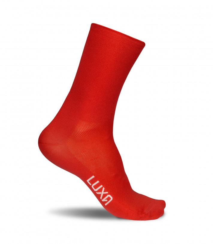 Intensywnie czerwone skarpety kolarskie Luxa Classic Red