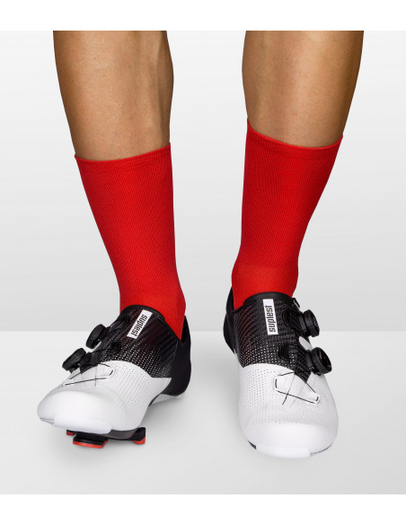 Luxa red cycling socks adapt perfectly to your foot shape