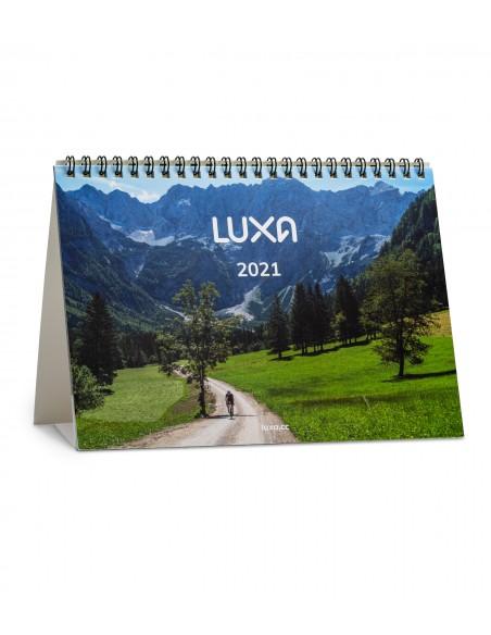 mały kalendarz biurkowy A5 dodawany bezpłatnie