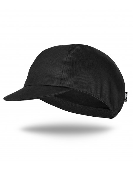 All black cotton cycling cap without patterns