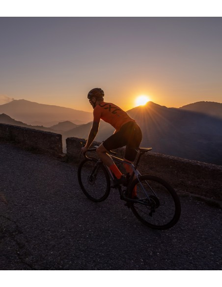 sunset coffee ride in Sicily at the end of the day with the Rondo gravel bike