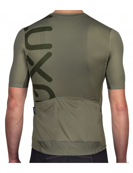 Luxa Gravel Cycling Jersey is made of incredibly stretchy and fast drying material in olive / khaki color