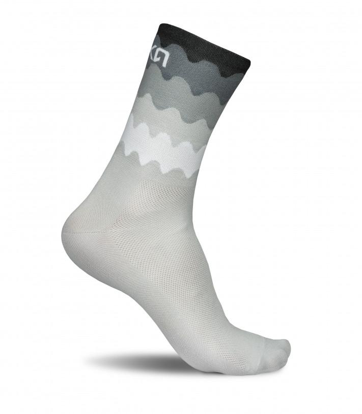 Tenerife cycling socks in black-white waves pattern.
