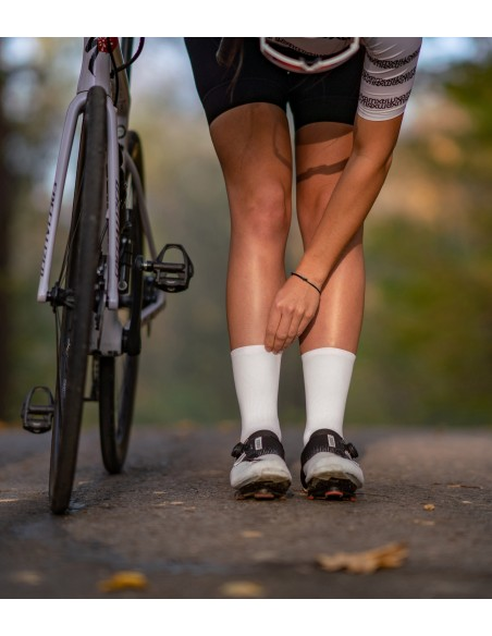 wyraź swoją kobiecość ze skarpetami rowerowymi 'girls power' firmy Luxa polskiej produkcji