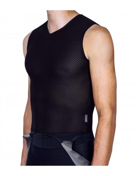 czarna potówka letnia do ubrania pod koszulkę bez rękawków i nadruków
