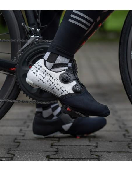 Ochraniacze na palce Luxa Classic Black pasują do wszystkich modeli butów i bloków szosowych wiodących marek