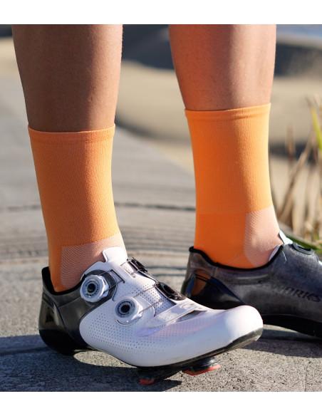 Jasno-pomarańczowe skarpetki rowerowe