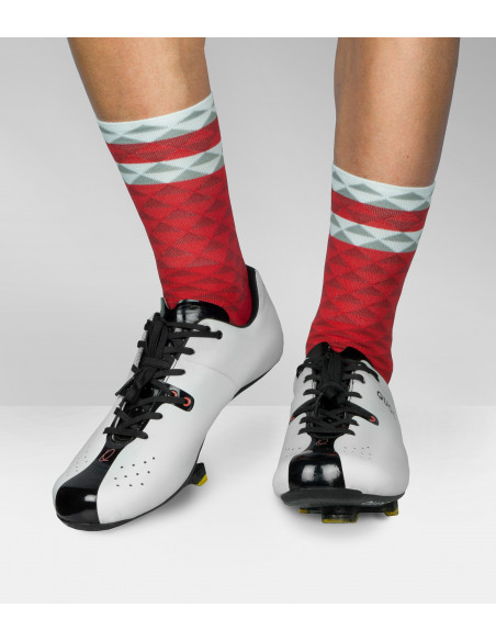 Quoc shoes white and red Luxa cycling socks