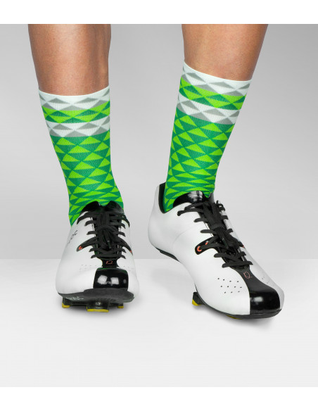 Quoc Shoes for road cyclists and green Luxa socks