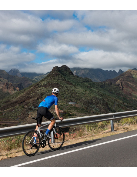 Photoshoot cycling session on Canary Island - La Gomera. Cyclist wear blue Luxa kit