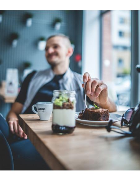 Zrób sobie przerwę na kolarską kawę Luxa w trakcie jazdy rowerem