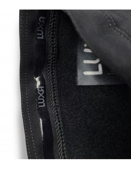 Silikon wewnątrz, aby nogawki kolarskie nie zsunęły się w czasie jazdy rowerem