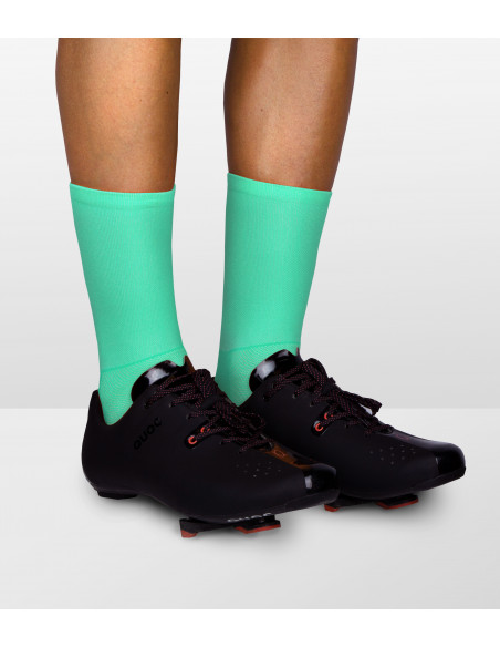 Aquamarine clean color of the Luxa socks for road male and female cyclists