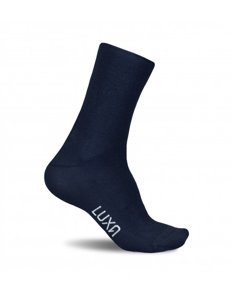 Socks for road cyclists in dark navy yarn color. Made in Europe