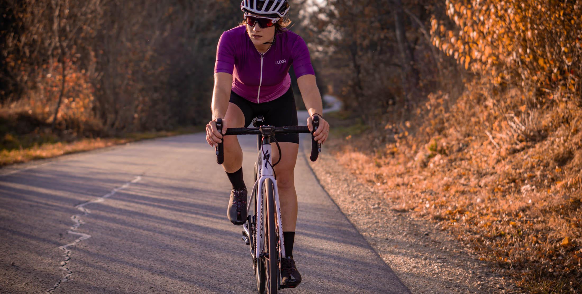 koszulki rowerowe dla kobiet. Polska produkcja